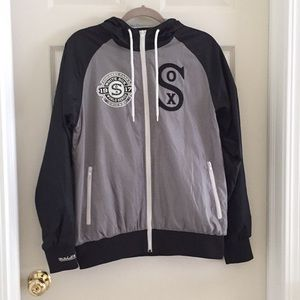 Mitchell & Ness Jackets & Coats - NWOT White Sox Black and Gray Jacket with Hood (S)